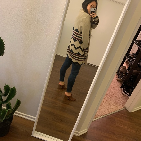 Sweaters - Tribal print longline cardigan size small
